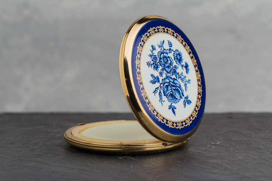 Vintage Compact Solid Perfume: blue roses on gold - side