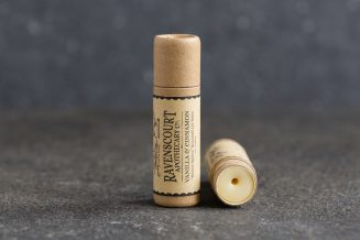 "Vanilla & Cinnamon lip balm - seasonal lip balm ""Winter Spices"""