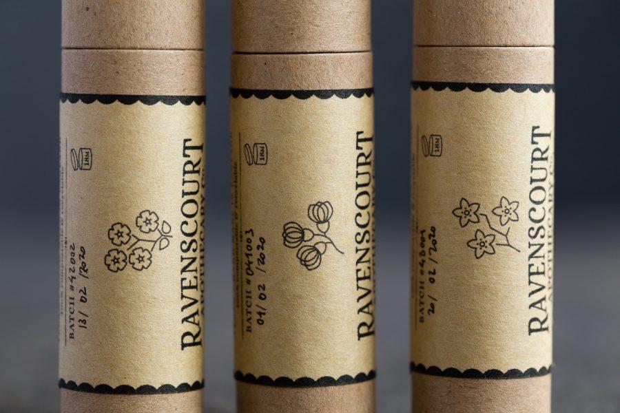 Vegan Lip Balm Gift Set 'Spring Blossoms' - Detail
