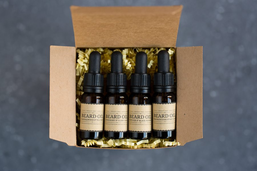 beard oil gift set product photo - flatlay